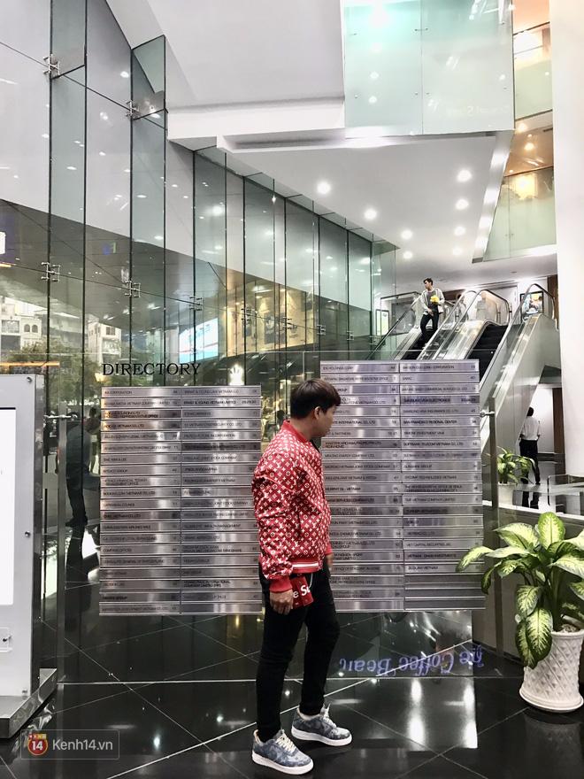 9x Việt độ giày từ đồ Louis Vuitton x Supreme hàng chục triệu đồng đang khiến giới chơi sneakers phát sốt - Ảnh 27.