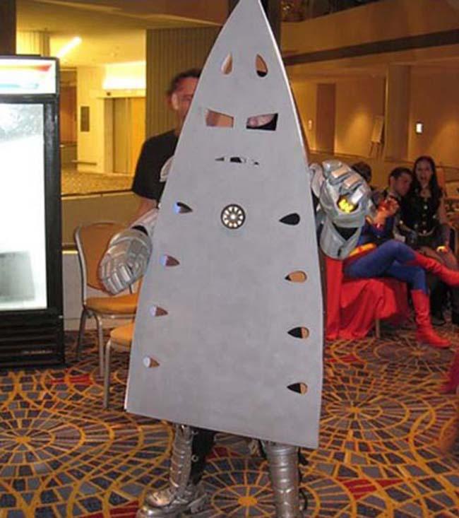 15 gợi ý về trang phục để bạn có một lễ Halloween...không thể tồi tệ hơn. - Ảnh 13.