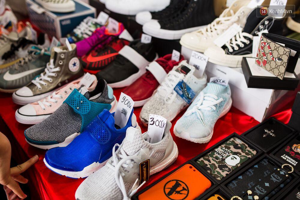 Đầu giày và tín đồ streetwear Sài Gòn lên đồ chất, trưng giày giá khủng tại sự kiện cuối tuần qua - Ảnh 11.