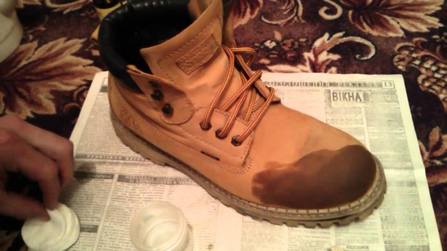 13 mẹo bảo quản giày dép, quần áo mà bất kì cô gái nào cũng nên thuộc lòng - Ảnh 3.