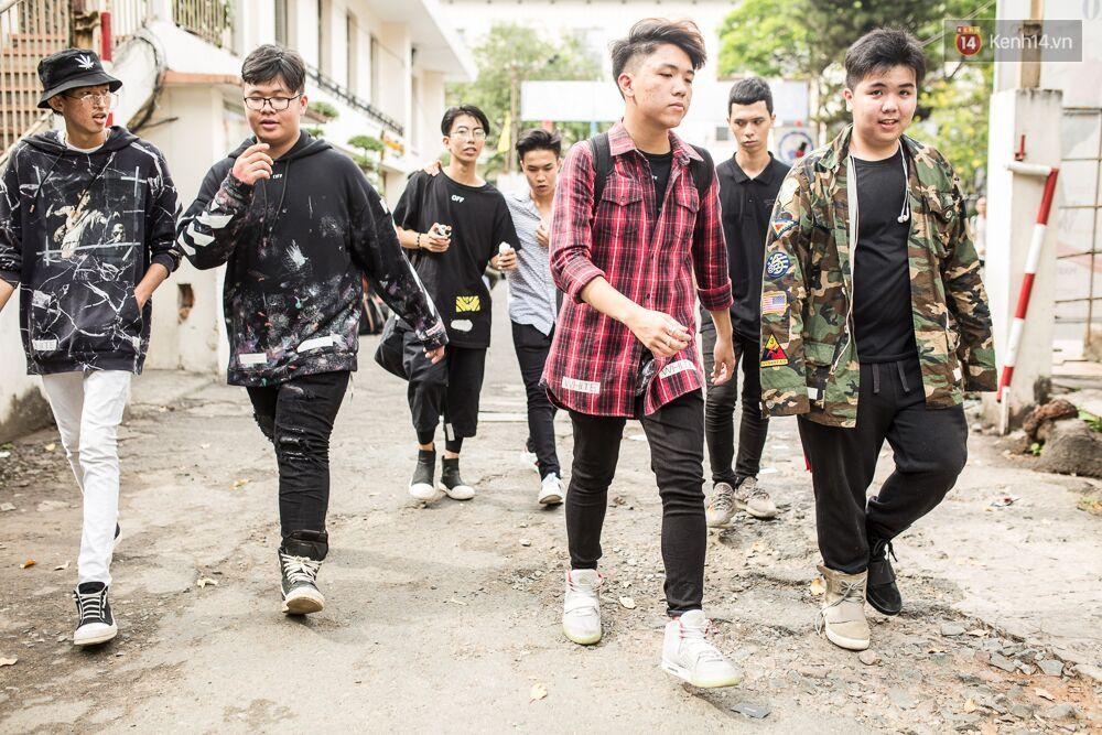 Đầu giày và tín đồ streetwear Sài Gòn lên đồ chất, trưng giày giá khủng tại sự kiện cuối tuần qua - Ảnh 4.