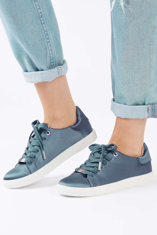 Điểm mặt 5 mẫu giày thể thao satin đẹp không kém giày mới ra mắt của Zara - Ảnh 5.