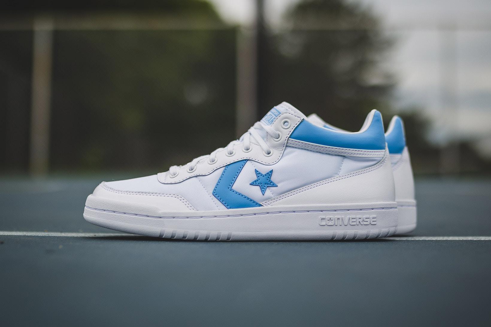 Hé lộ những mẫu sneaker rực rỡ mới ra mắt trung tuần tháng 6 - Ảnh 6.