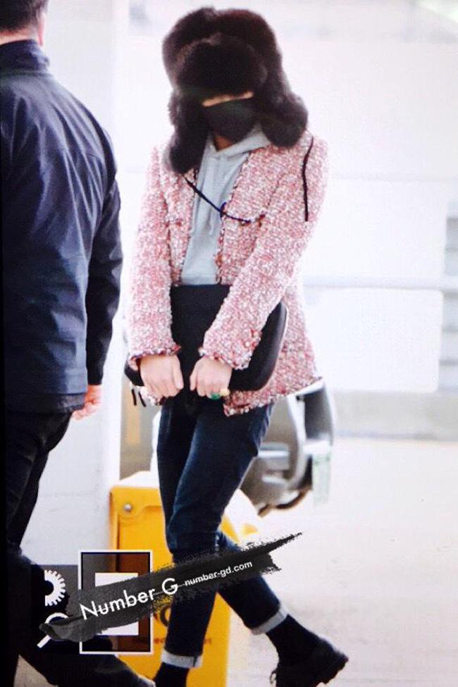 1001 kiểu thời trang sân bay dị như thể sợ không ai nhìn của các nam idol xứ Hàn - Ảnh 6.