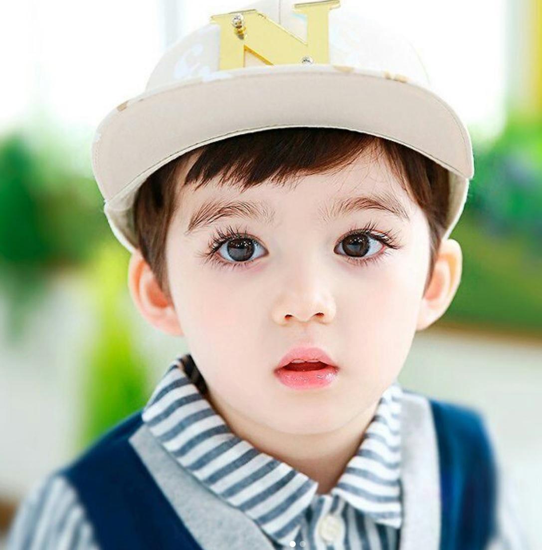 Đây là cậu bé lai 4 tuổi được mệnh danh đẹp trai nhất thế giới!