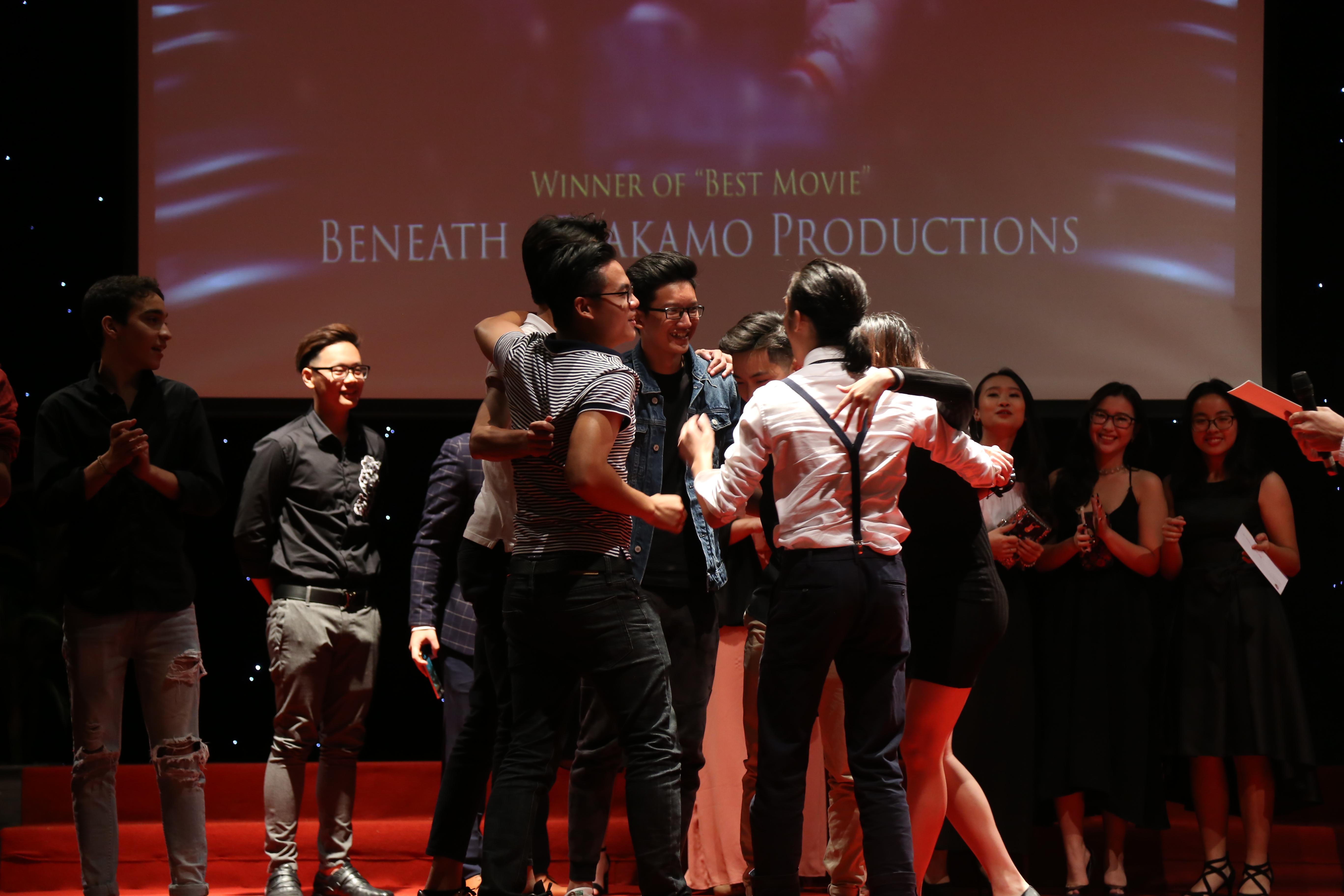 Đã tìm ra đoàn làm phim học sinh chiến thắng trong Olympia Film Festival 2017 - Ảnh 8.