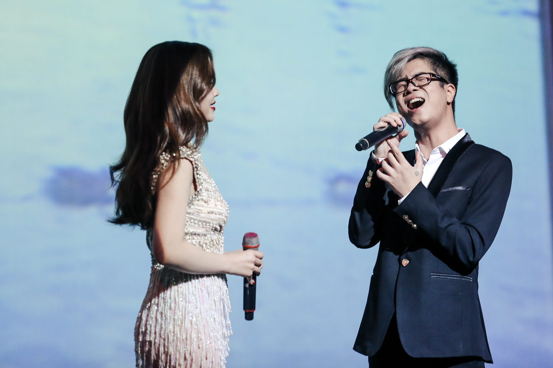 Hồ Ngọc Hà - Giang Hồng Ngọc - Bùi Anh Tuấn khiến khán giả nổi da gà khi lần đầu tiên hoà giọng cùng nhau - Ảnh 15.