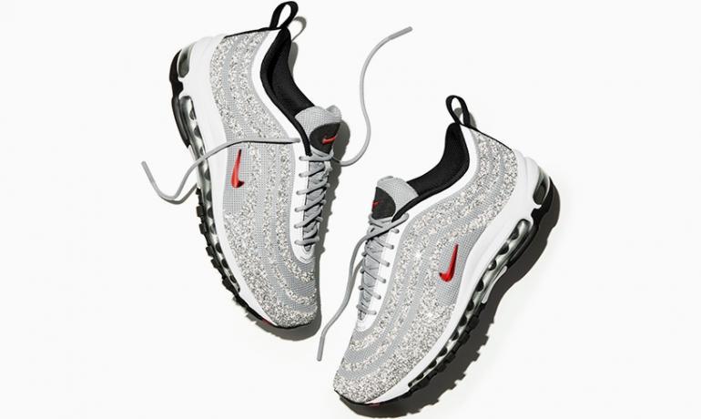 Nike lại khiến dân tình quay cuồng vì mẫu Air Max 97 đính pha lê lấp lánh - Ảnh 1.