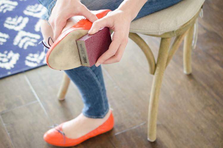 Ai đi giày chắc chắn sẽ cần đến những mẹo vặt này - Ảnh 7.