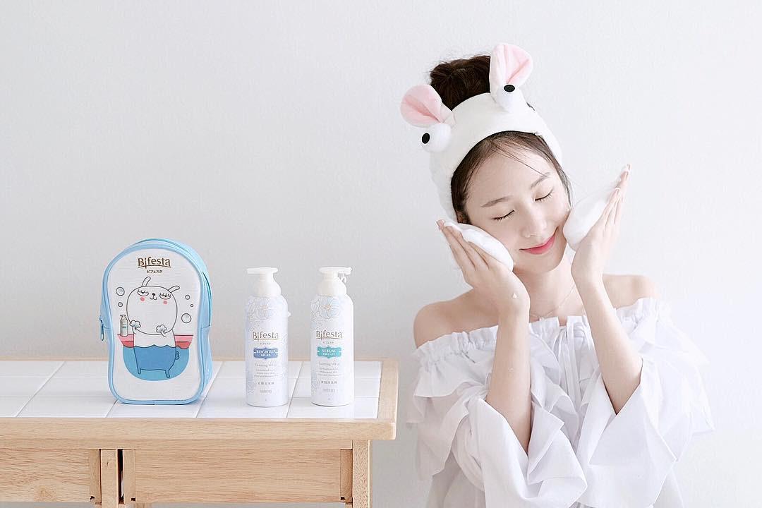 Dưỡng thôi chưa đủ, bạn còn nên thanh lọc da thường xuyên để da rạng rỡ, bóng khỏe - Ảnh 3.