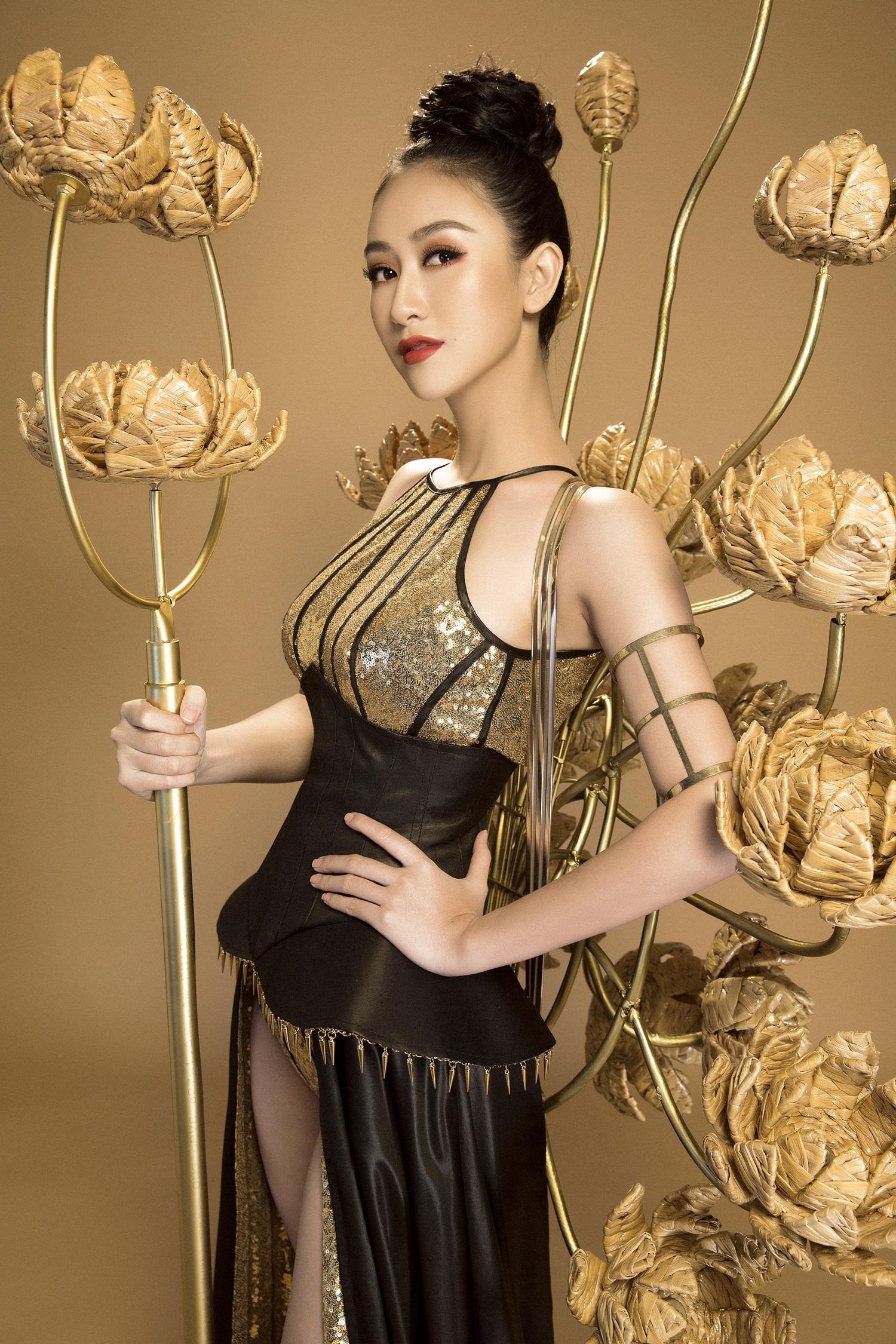 Không phải Áo dài, đây mới là trang phục truyền thống mà Hà Thu lựa chọn để tranh tài tại Miss Earth 2017 - Ảnh 4.