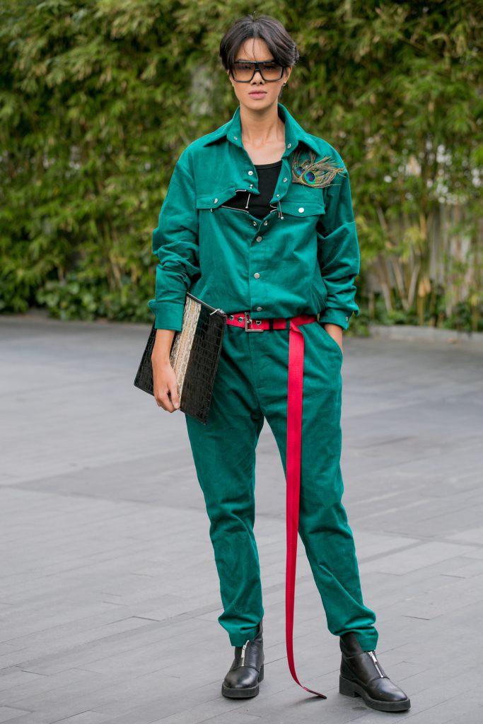 Người mẫu tomboy nhất Việt Nam để lộ 100% vòng 1 trên sàn diễn Elle Fashion Show - Ảnh 5.