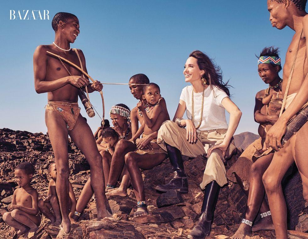 Angelina Jolie chứng minh đẳng cấp huyền thoại nhan sắc thế kỷ 21 với bộ ảnh đẹp say lòng người - Ảnh 4.