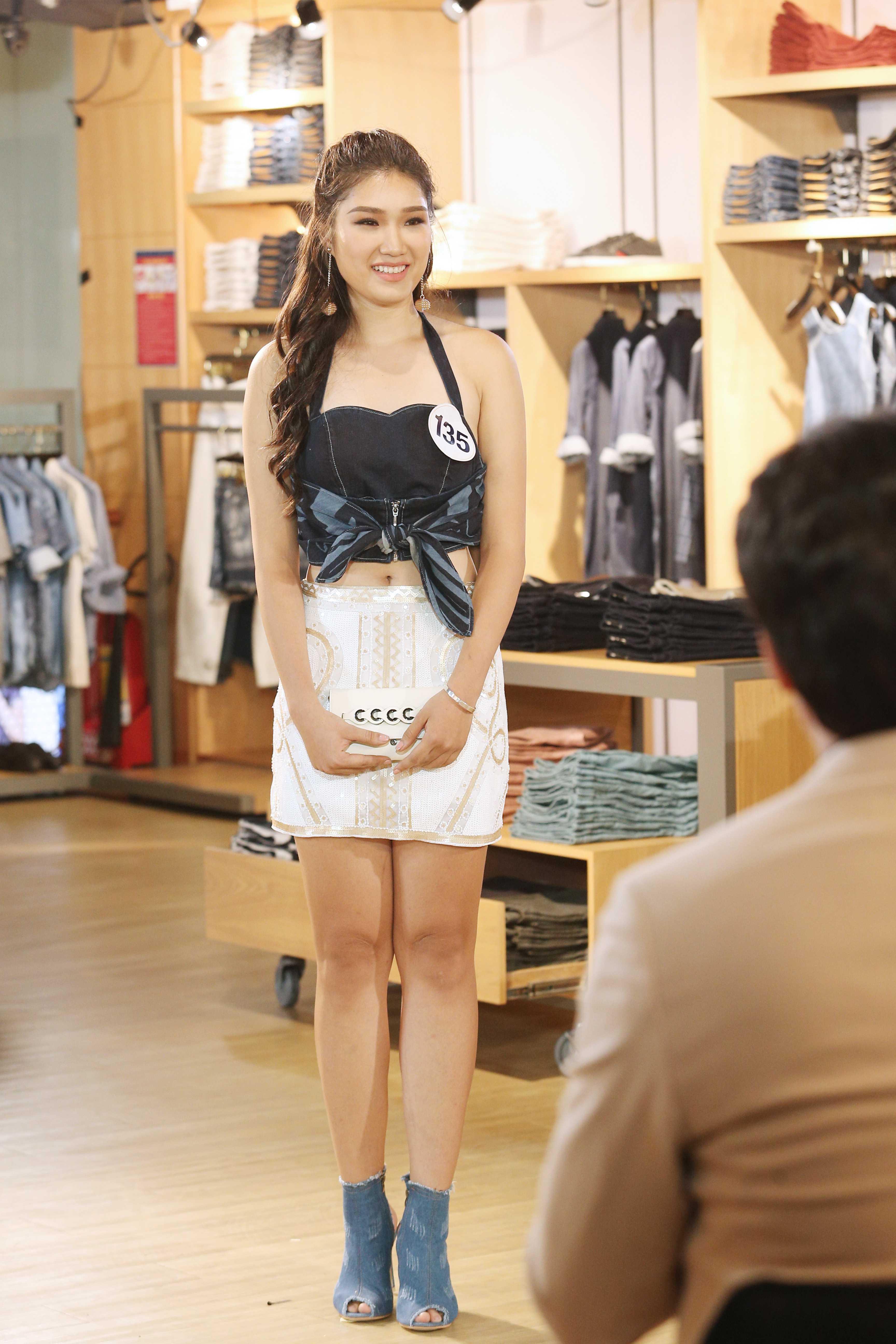 Mix đồ tai nạn thế này thì bảo sao cả dàn thí sinh Hoa hậu Hoàn vũ thua Mâu Thủy - Hoàng Thùy - Ảnh 7.