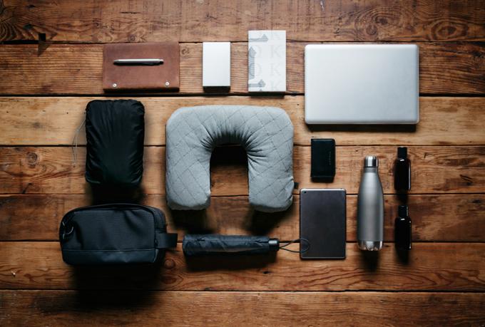 Gối du lịch tiện lợi giúp bạn ngủ ngon mọi lúc mọi nơi - Ảnh 2.