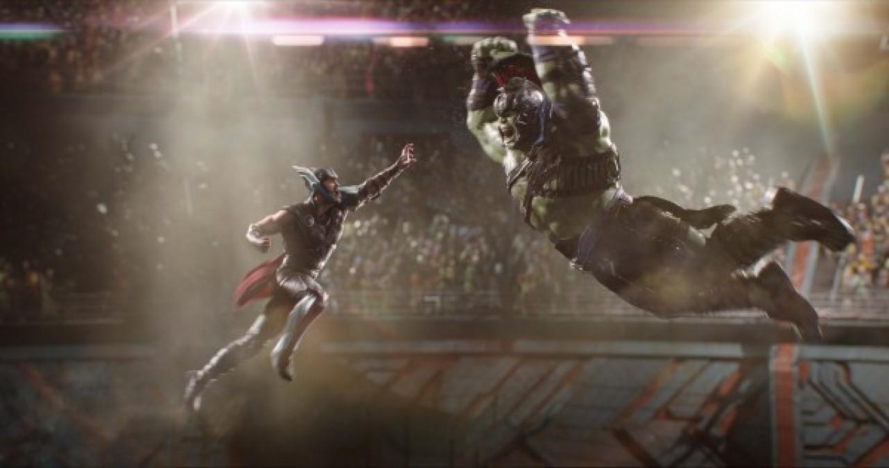 Bom tấn Thor: Ragnarok lọt vào top 10 phim có doanh thu cao nhất 2017 - Ảnh 2.