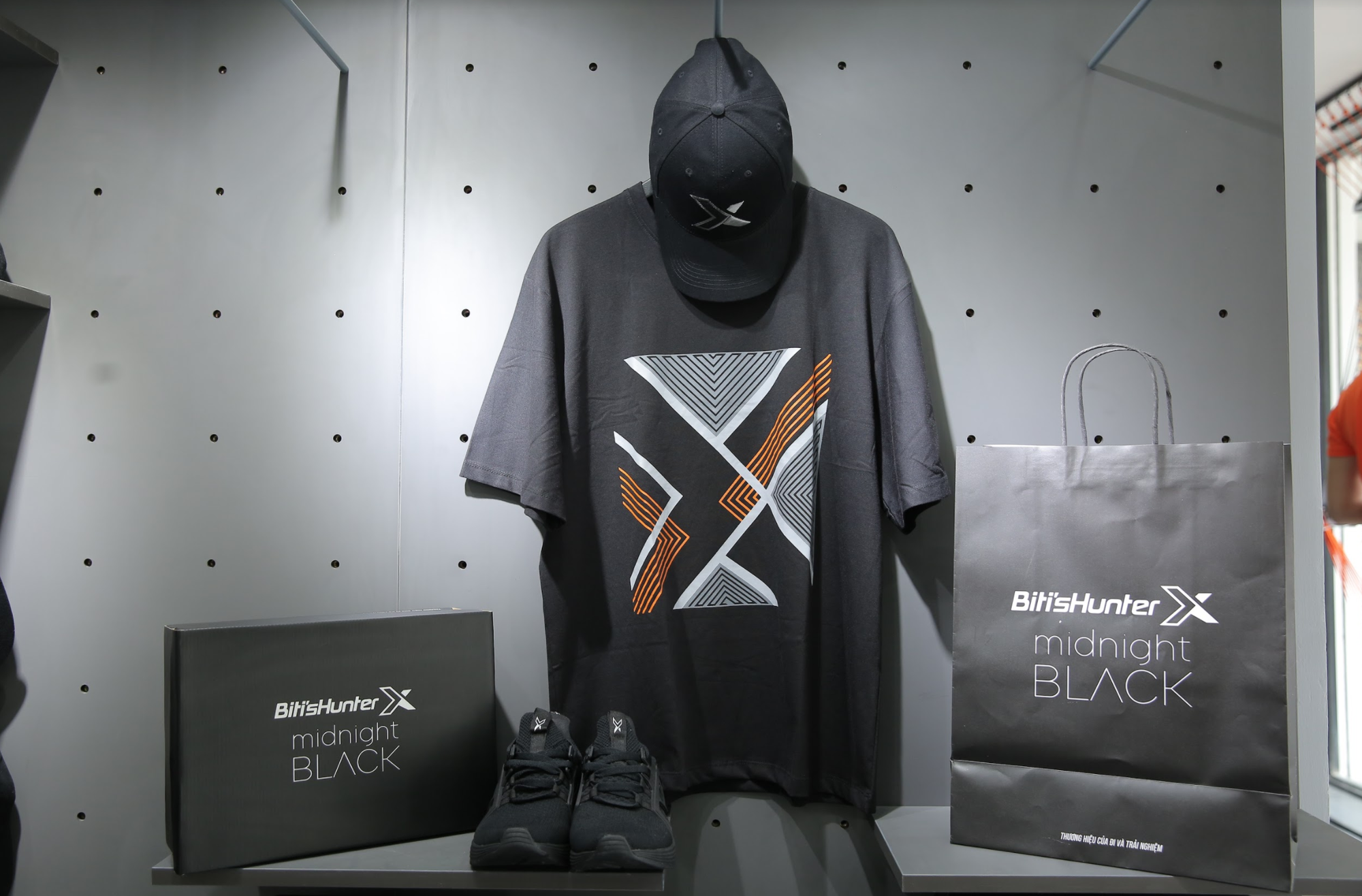 Tín đồ sneaker thủ đô háo hức với sự ra mắt independent store đầu tiên của Biti's Hunter - Ảnh 4.