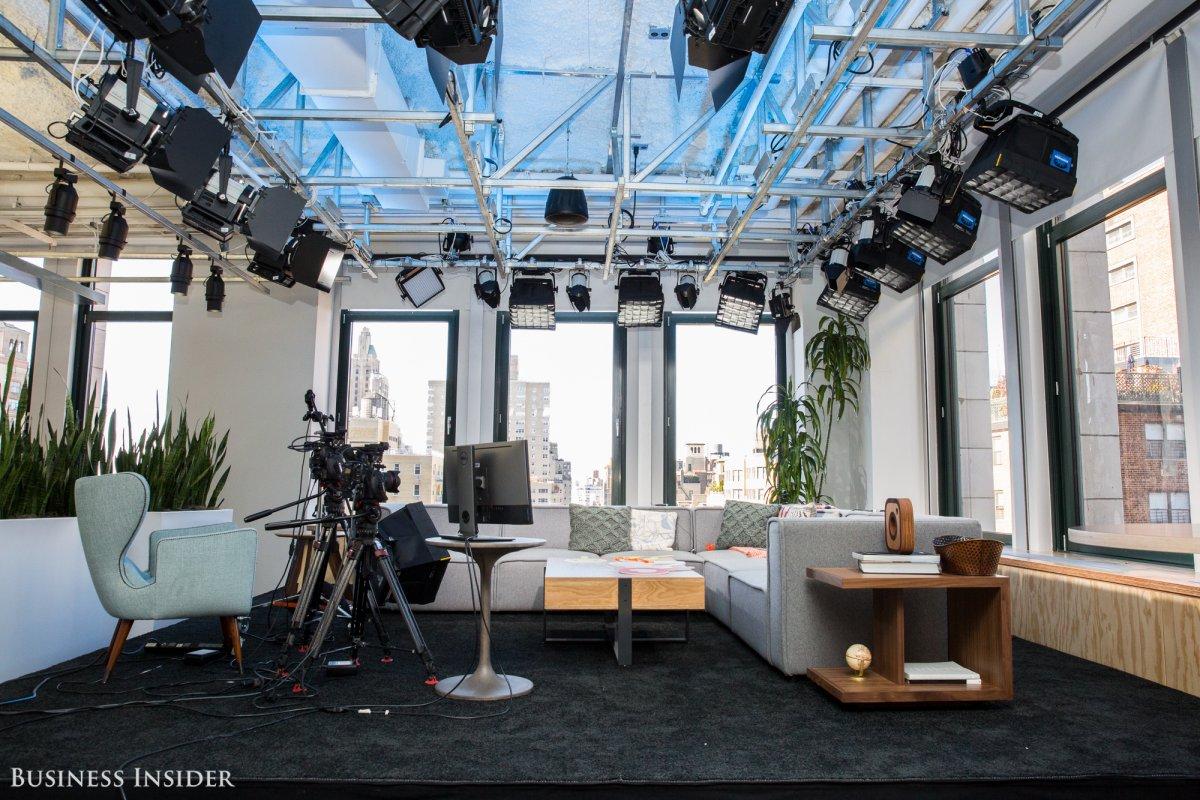 Bên trong văn phòng làm việc đẹp nín thở của Facebook tại New York - Ảnh 7.