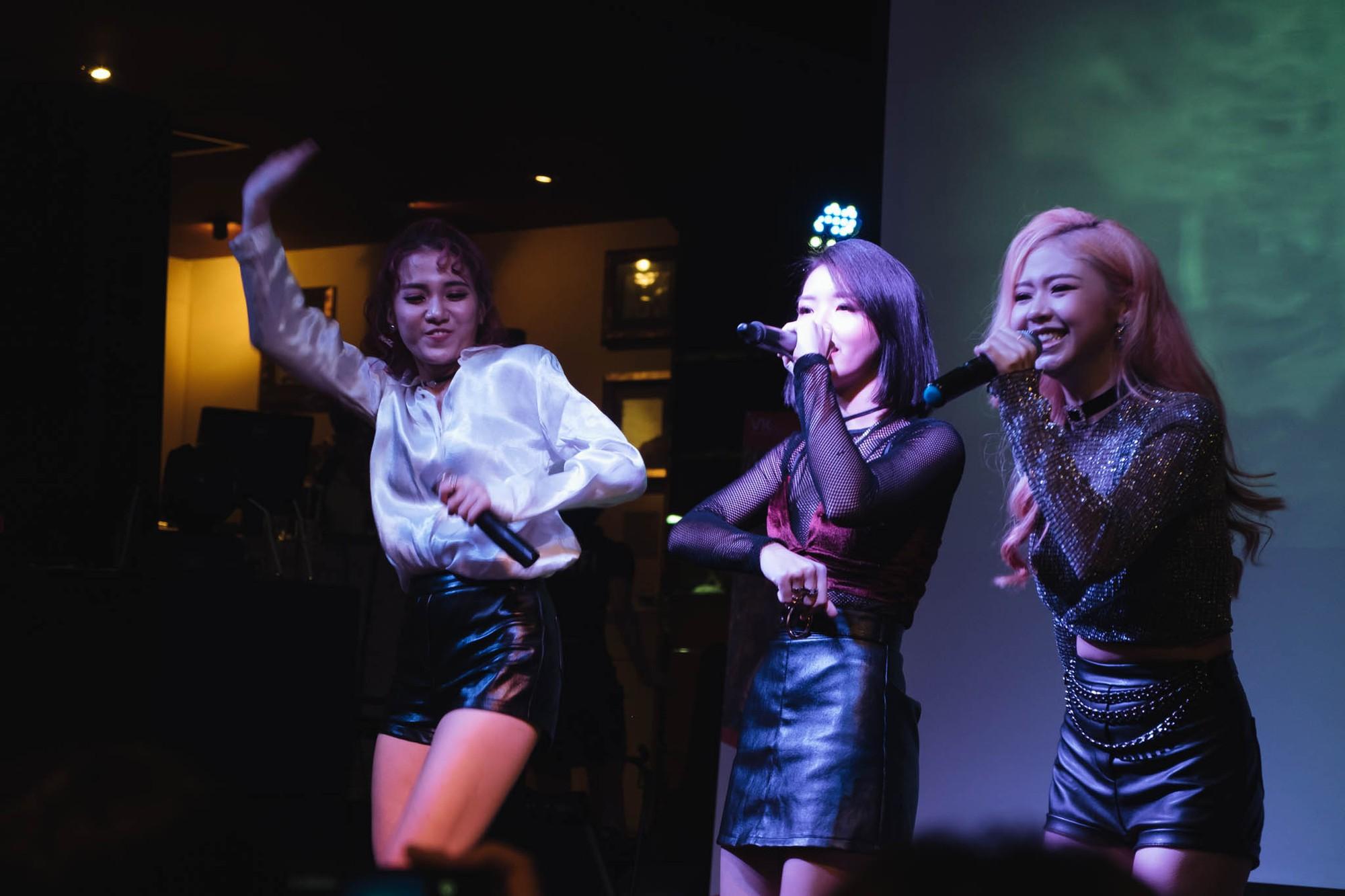 Từ bỏ hình ảnh dễ thương, LIME hóa thân thành những cô nàng tiệc tùng sexy trong MV mới - Ảnh 3.