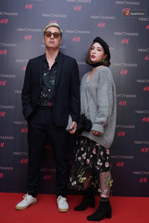 3 gia đình hot nhất mạng xã hội cùng đến mở hàng cho cửa hàng H&M đầu tiên tại Hà Nội - Ảnh 2.
