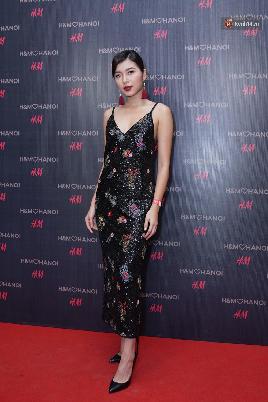 3 gia đình hot nhất mạng xã hội cùng đến mở hàng cho cửa hàng H&M đầu tiên tại Hà Nội - Ảnh 11.