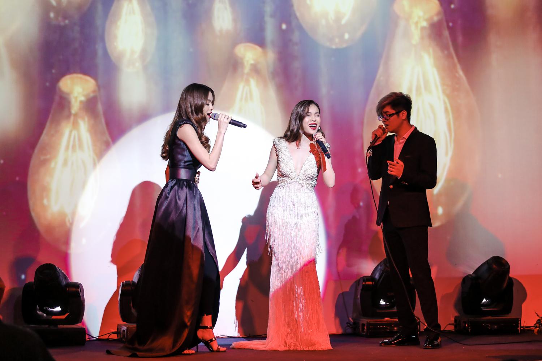 Hồ Ngọc Hà - Giang Hồng Ngọc - Bùi Anh Tuấn khiến khán giả nổi da gà khi lần đầu tiên hoà giọng cùng nhau - Ảnh 5.