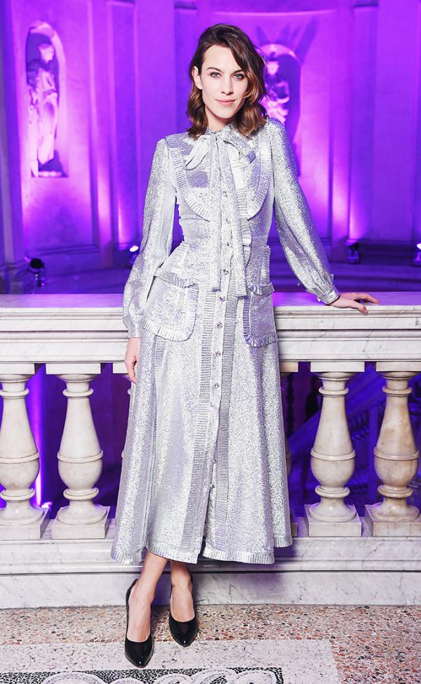 Hồ Ngọc Hà lọt Top mặc đẹp nhất Milan, sánh ngang với Gigi Hadid & Kendall Jenner - Ảnh 9.