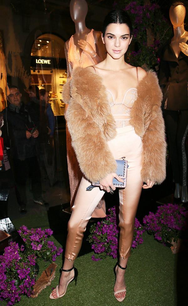 Hồ Ngọc Hà lọt Top mặc đẹp nhất Milan, sánh ngang với Gigi Hadid & Kendall Jenner - Ảnh 2.