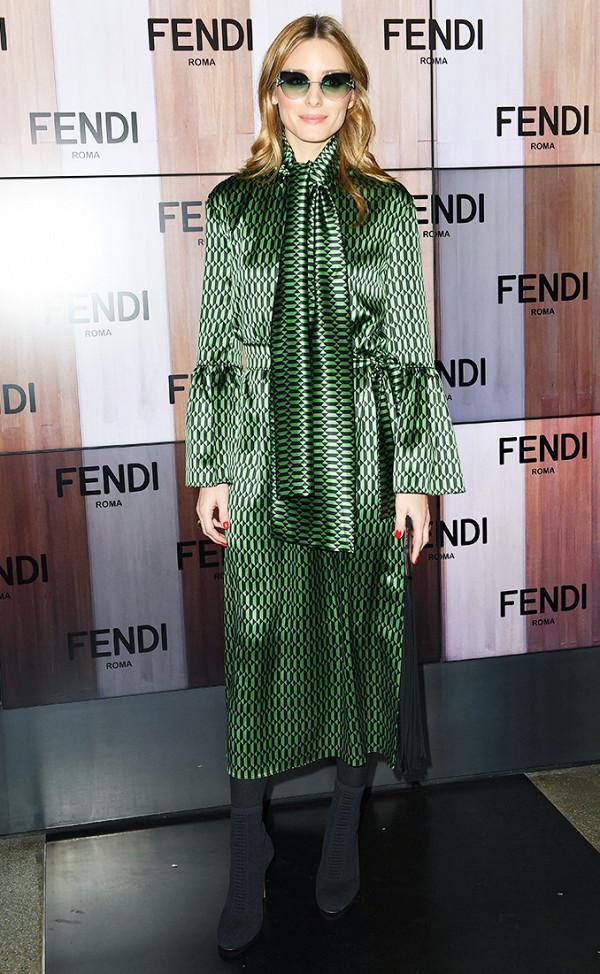 Hồ Ngọc Hà lọt Top mặc đẹp nhất Milan, sánh ngang với Gigi Hadid & Kendall Jenner - Ảnh 14.