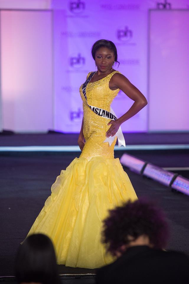 Trượt Top 16 Hoa hậu Hoàn vũ, nhưng may sao Nguyễn Thị Loan cũng không vào Top đầm dạ hội xấu nhất - Ảnh 9.