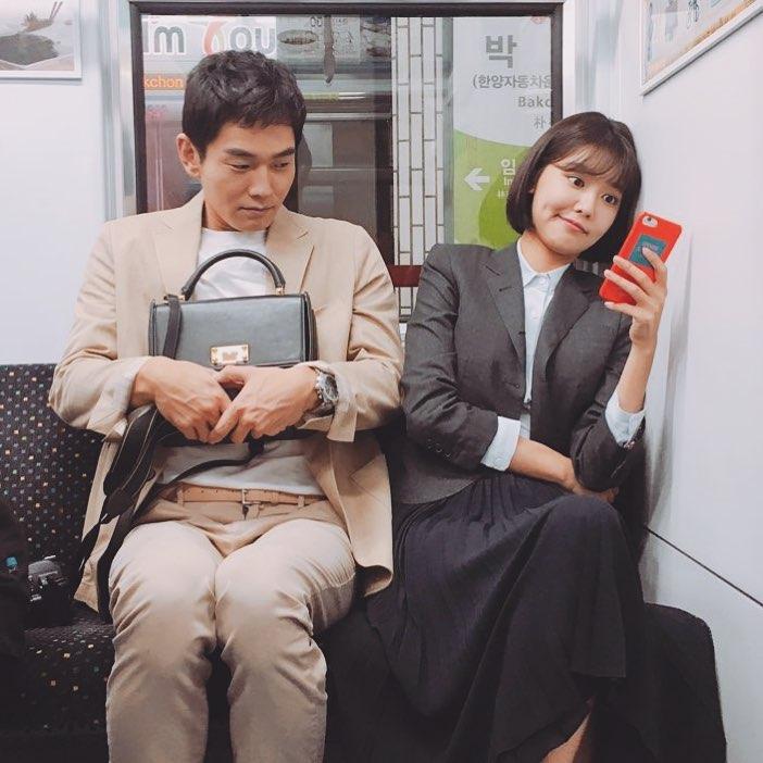 Dạo quanh 5 drama Hàn hot nhất hiện tại mới thấy xu hướng tóc năm nay đa dạng thật - Ảnh 2.