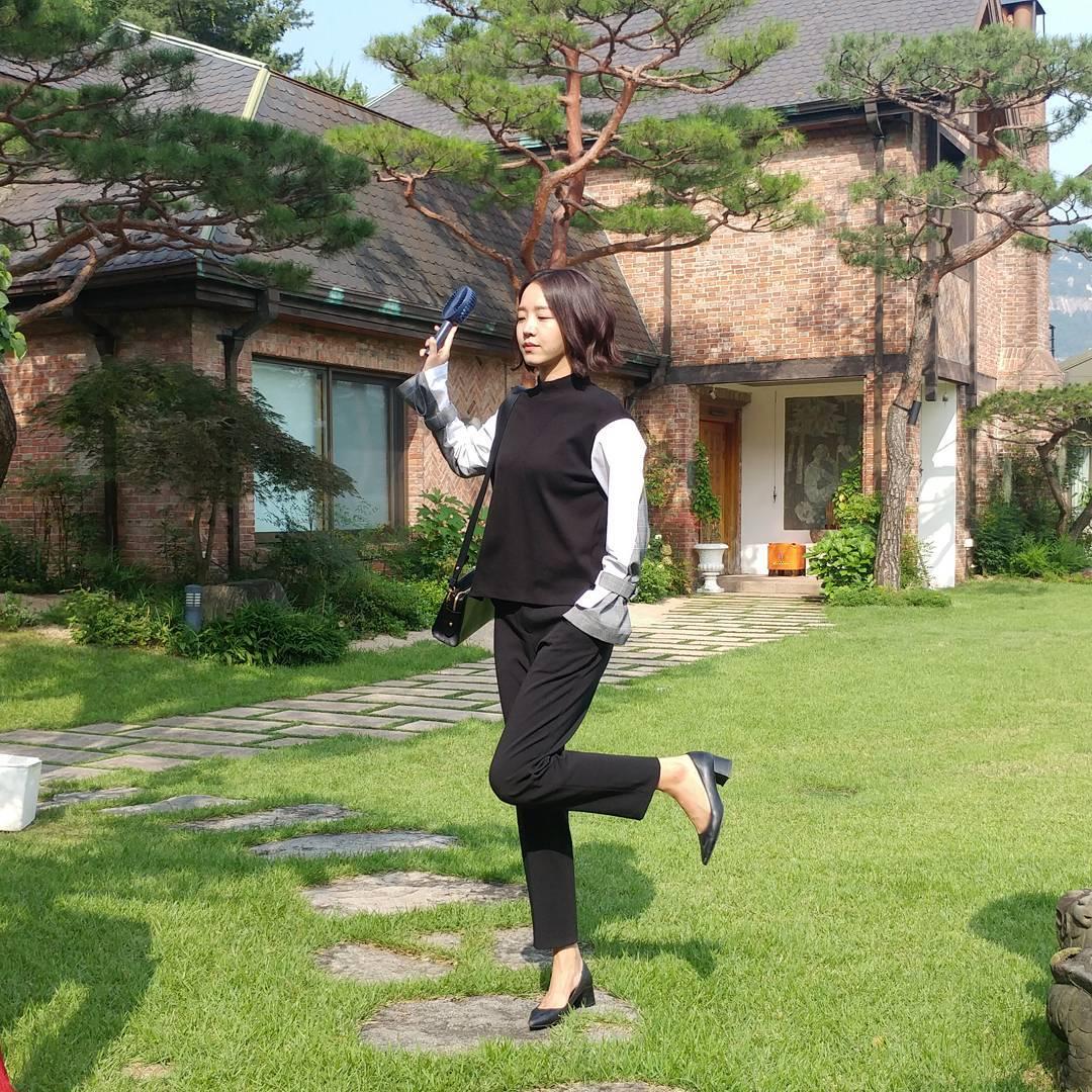 Dạo quanh 5 drama Hàn hot nhất hiện tại mới thấy xu hướng tóc năm nay đa dạng thật - Ảnh 14.
