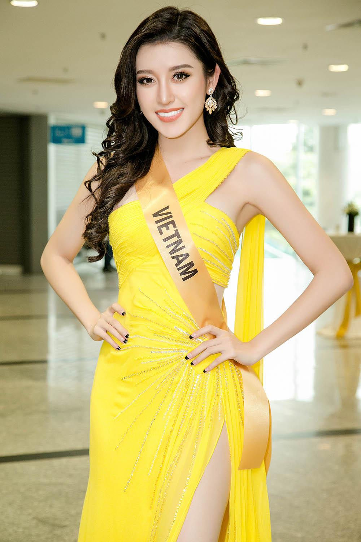 Từ trượt top 15, Huyền My trở lại ngoạn mục dẫn đầu danh sách thí sinh được yêu thích nhất tại Miss Grand International 2017 - Ảnh 2.