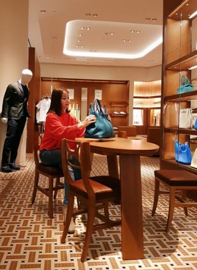 Chiếc túi Birkin bạch tạng giá 5 tỷ đồng của Hoa hậu Hải Dương bị tố là FAKE! - Ảnh 10.