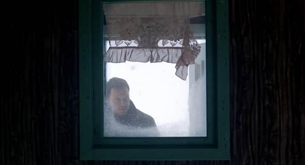 Thêm cách thức giết người tàn độc giữa mùa tuyết rơi được tiết lộ trong trailer mới của The Snowman - Ảnh 9.