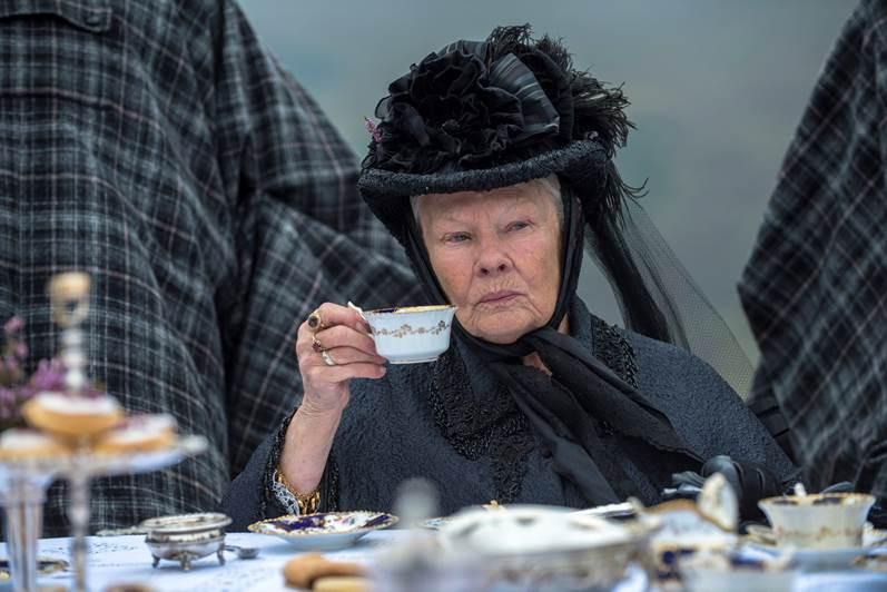 Thủ lĩnh của điệp viên 007 Judi Dench trở lại với vai diễn Nữ hoàng Anh đầy quyền lực - Ảnh 3.