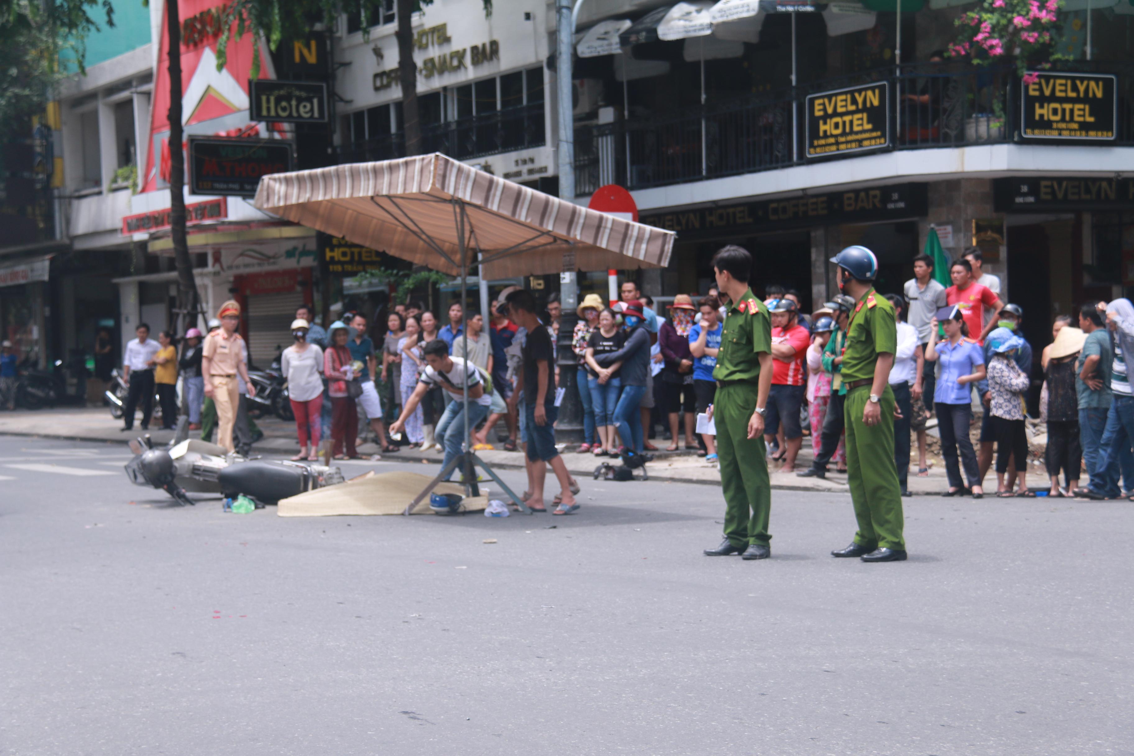 Tai nạn liên hoàn giữa trung tâm Đà Nẵng, 3 người thương vong - Ảnh 5.