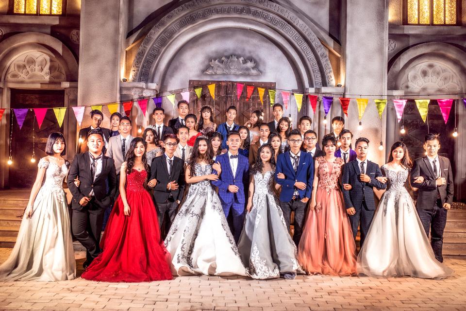 Độc nhất ở Thái Bình: Lớp học chi 40 triệu/đêm để hóa thân sang chảnh trong ảnh kỷ yếu phong cách dạ hội - Ảnh 17.