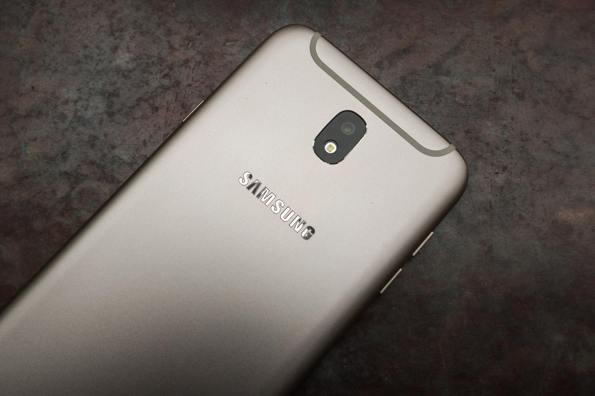 3 lời khẳng định của Samsung thông qua màn ra mắt Galaxy J7 Pro - Ảnh