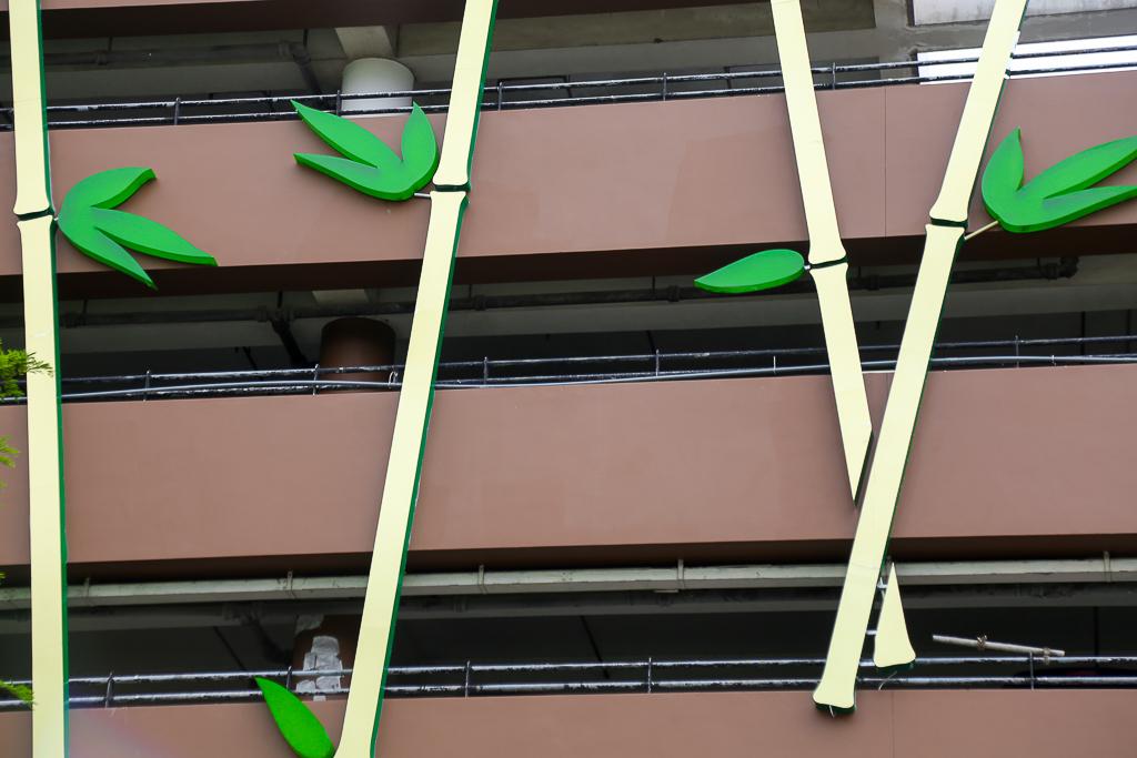 Cao ốc Thuận Kiều Plaza bỏ hoang bỗng lột xác với màu xanh lá nổi bật tại trung tâm Sài Gòn - Ảnh 10.