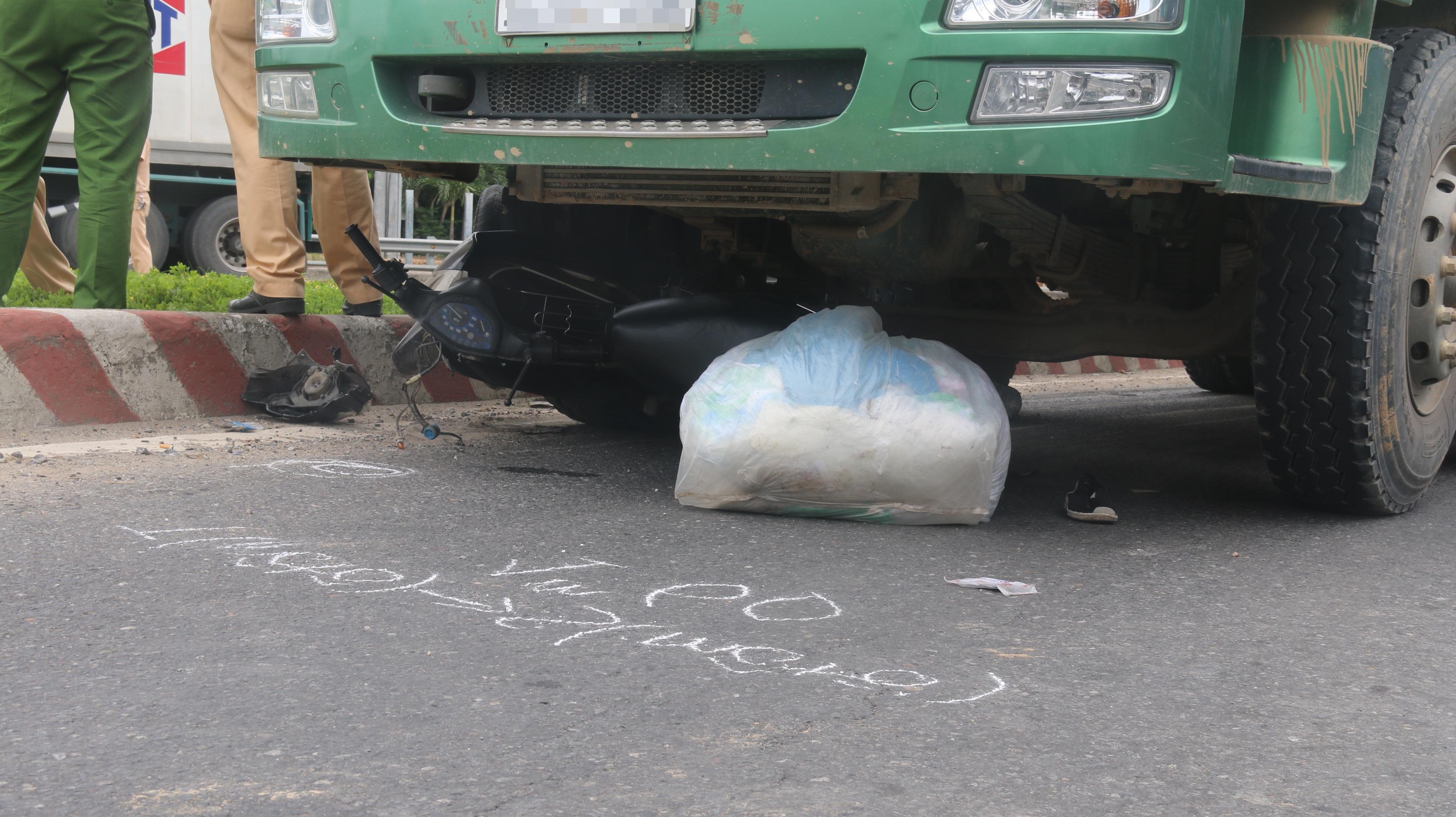 Vừa đậu đại học, nam sinh ở Đà Nẵng cùng mẹ tử vong thương tâm dưới gầm xe tải - Ảnh 5.