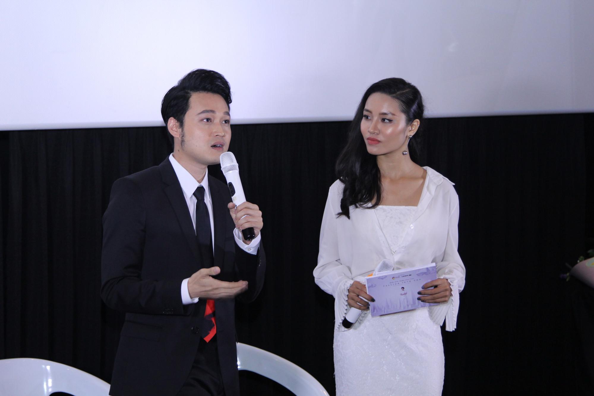 Lý Quí Khánh mang hoa tự cắm đến mừng Quang Vinh ra mắt MV mới - Ảnh 6.