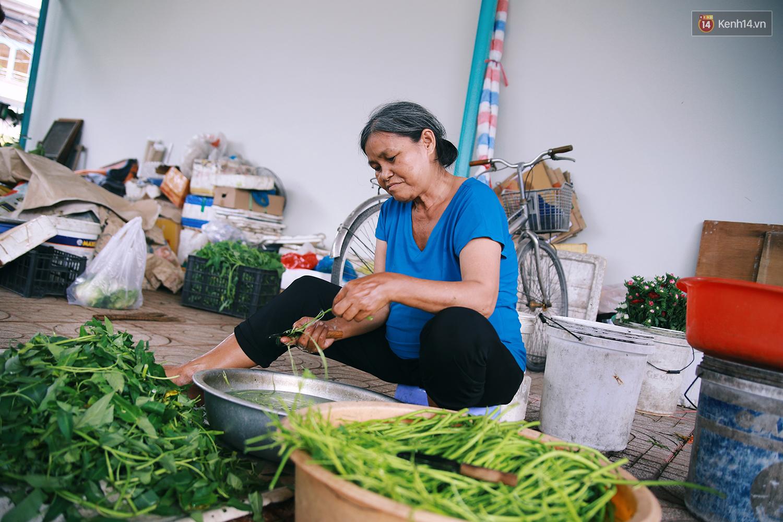 Chuyện ông Năm Hấp lấy đất nhà mình mở chợ cho người bán hàng rong ở Sài Gòn - Ảnh 8.