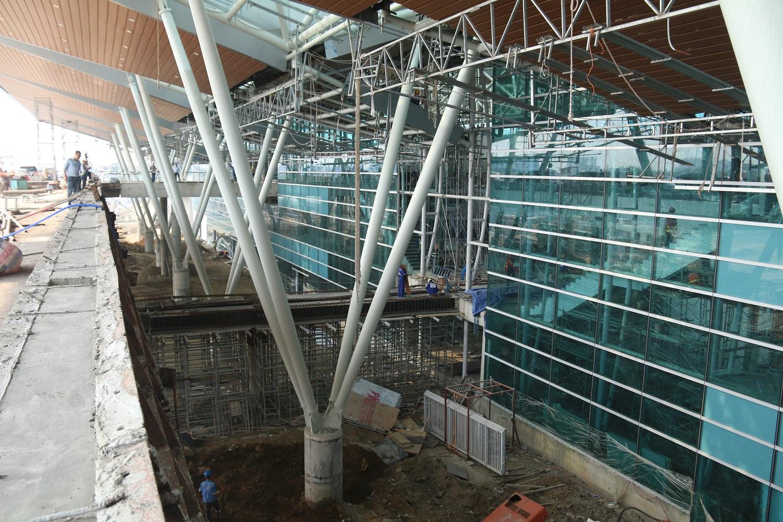 Cận cảnh nhà ga hành khách quốc tế hơn 3.500 tỷ đồng sắp hoàn thành ở Đà Nẵng - Ảnh 11.