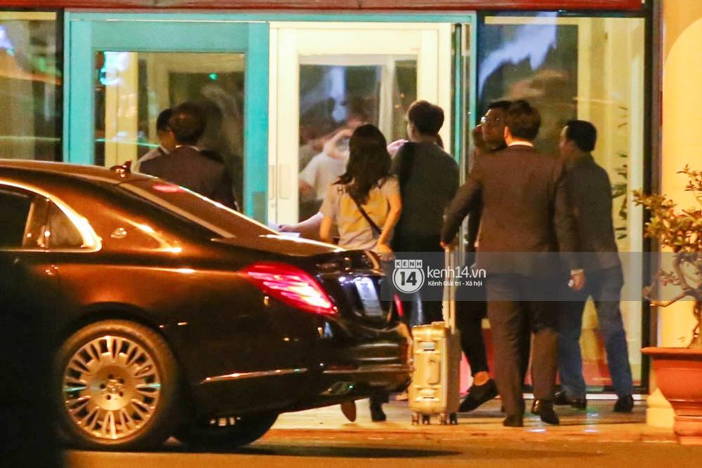 Sau 1 ngày hoạt động liên tục, Yoona vẫn vui vẻ vẫy tay chào tạm biệt fan Việt trước khi trở về Hàn - Ảnh 14.
