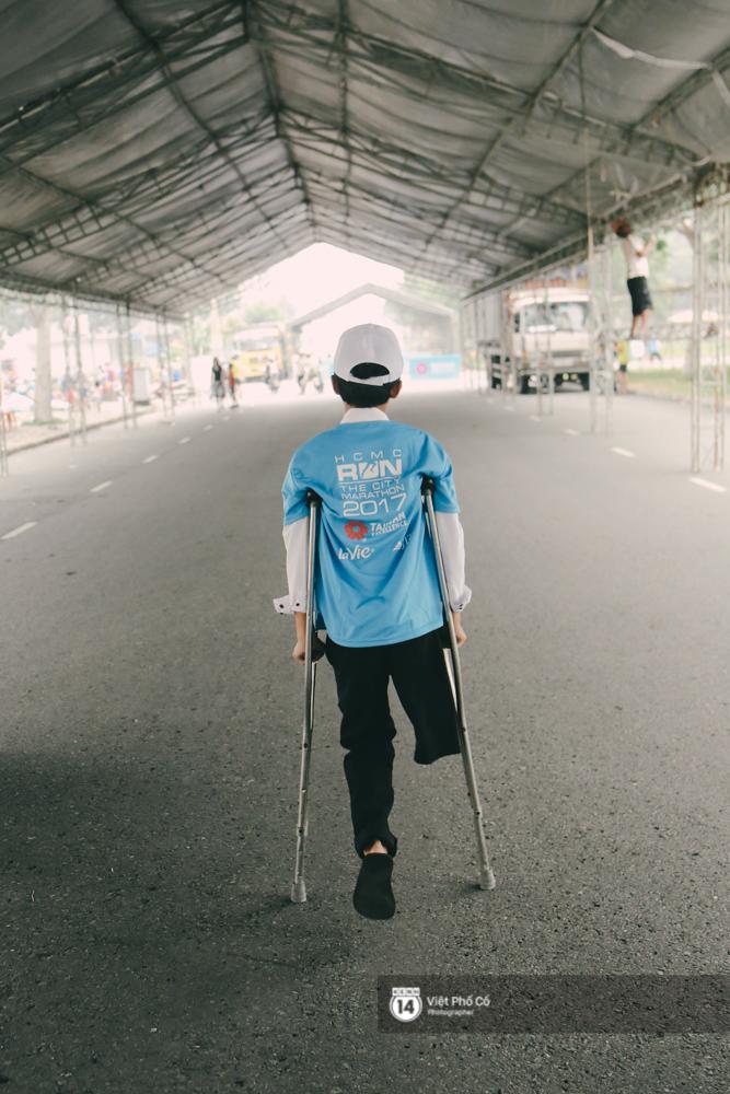 Bộ ảnh xúc động về nghị lực của những người khuyết tật trên đường chạy 5km ở Sài Gòn - Ảnh 13.