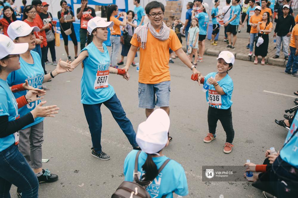 Bộ ảnh xúc động về nghị lực của những người khuyết tật trên đường chạy 5km ở Sài Gòn - Ảnh 16.