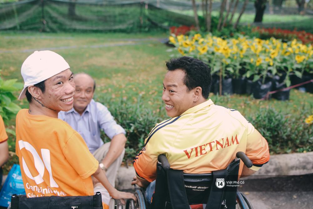 Bộ ảnh xúc động về nghị lực của những người khuyết tật trên đường chạy 5km ở Sài Gòn - Ảnh 17.