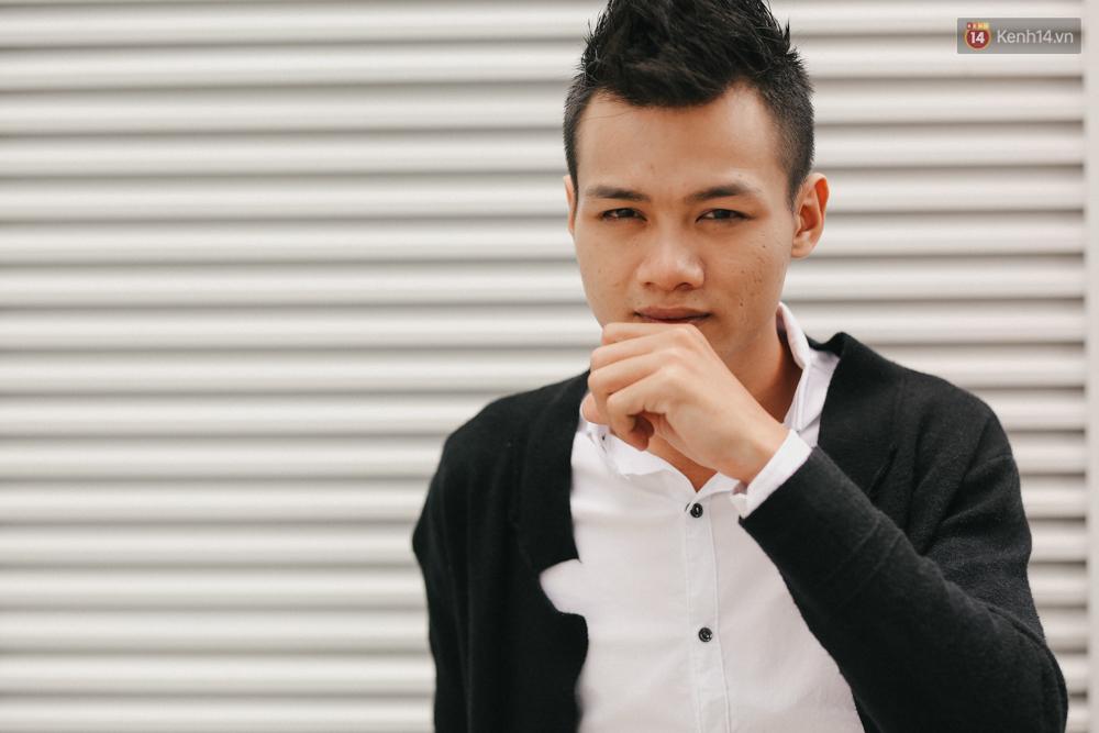 Chàng trai hát rong của The Voice: Bố từng phải bán xe máy, lấy 5 triệu cho mình vào Sài Gòn thi hát - Ảnh 6.