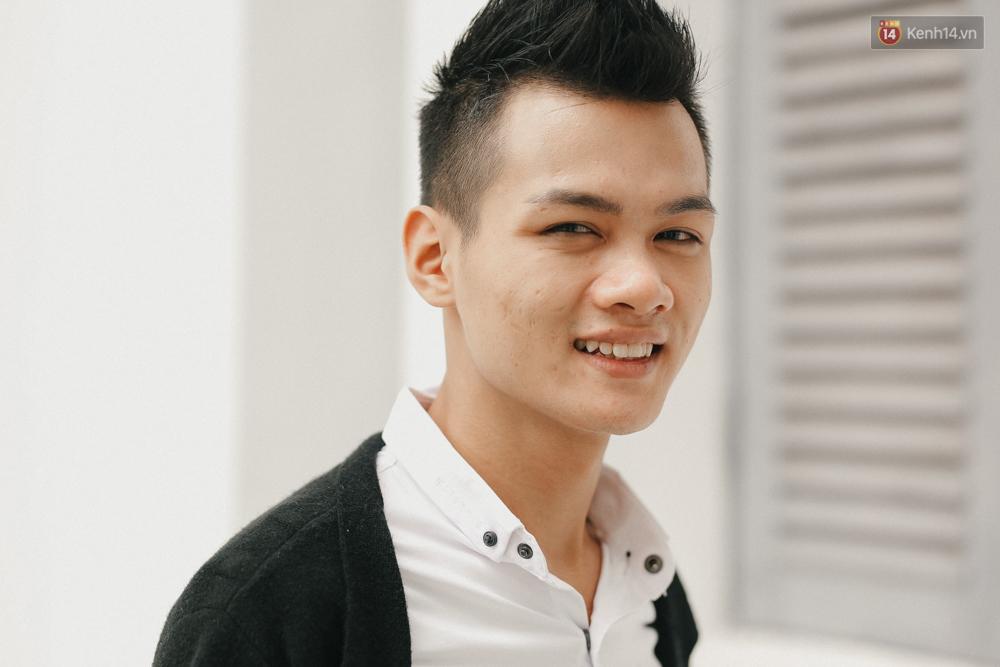 Chàng trai hát rong của The Voice: Bố từng phải bán xe máy, lấy 5 triệu cho mình vào Sài Gòn thi hát - Ảnh 3.